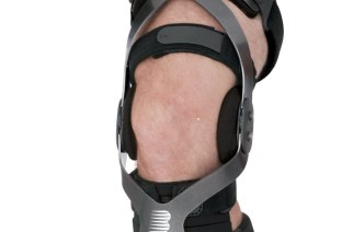 Valgus Bracing for Knee Osteoarthritis: A Meta-analysis of Randomized Trials