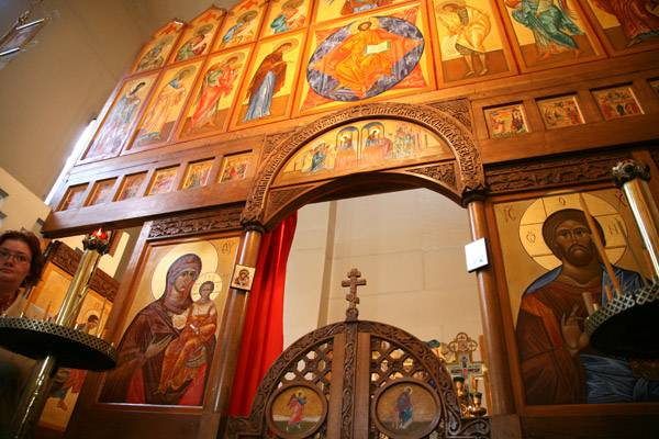 (Română) Sîmbătă, 2 iunie va avea loc Sf. Liturghie la biserica din Vanves