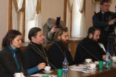 La Departamentul pentru Relaţii Externe Bisericeşti a avut loc seminarul «Consolidarea compatrioţilor care trăiesc peste hotare — sarcina strategică a Bisericii, statului şi societăţii»