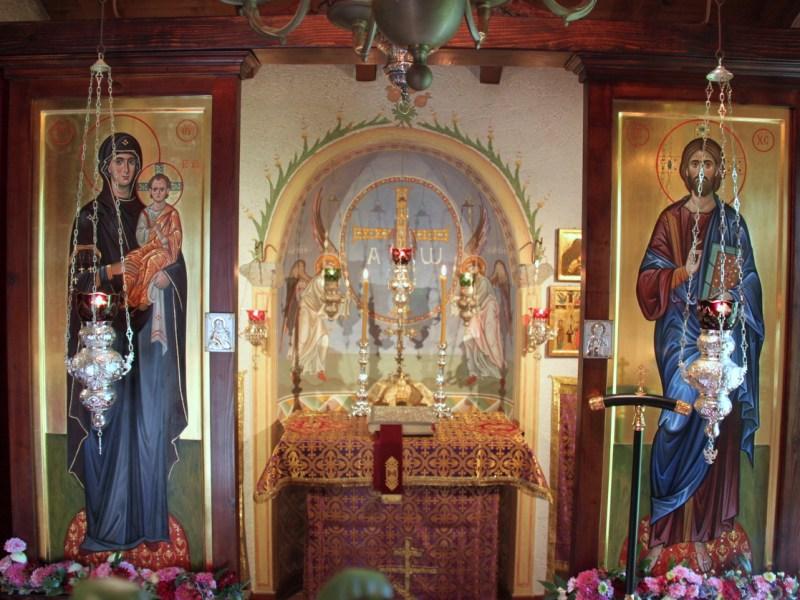 Elveţia: Episcopul Corsunului a săvârşit Sfânta Liturghie la mănăstirea Sf. Cruci din apropierea or. Lugano