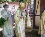 (Română) (Foto) Sărbătoarea patronală în Biserica Sfinților Împărați, întocmai cu apostolii, Constantin și Elena, a Sf. Cneaz Constantin şi fiilor săi Mihail şi Teodor