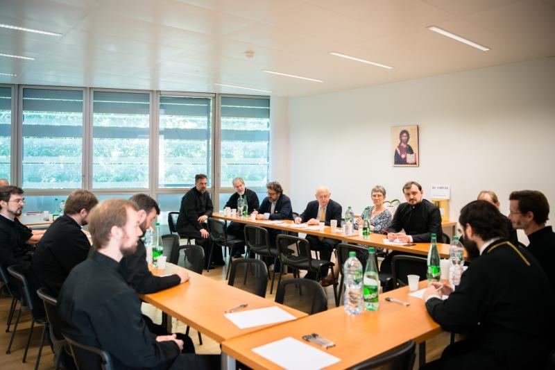 La Paris a avut loc o ședință extraordinară a Adunării Generale a Asociației Eparhiei Corsunului