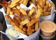 遂に営業再開!ベルギーポテトの店「Pommes Frites」