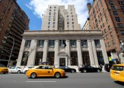 Apple Store Upper East – 銀行を改築したマンハッタン7番目のお店