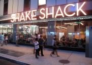 シェイク・シャック・タイムズ・スクエアー店- タイムズスクエアー観光後に立ち寄れる店