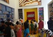「ザ・レゴ・ストアー」でユニークなレゴ作品を見よう