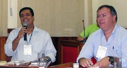 O superintendente do Instituto Estadual do Ambiente (INEA), Tulio Vicente e o secretário executivo do Consórcio Intermunicipal Lagos São João (CILSJ), Mário Flávio Moreira