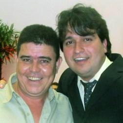 O vereador Pedro Ricardo com o homenageado Luzimar Inácio