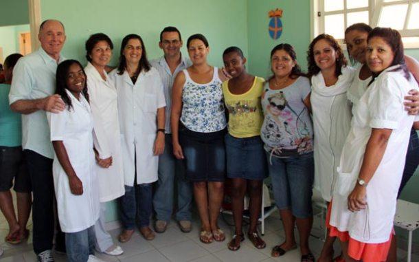 Em Água Branca, a prefeita foi recebida pelo secretário de governo José Carlos Cabral e funcionários do posto de saúde