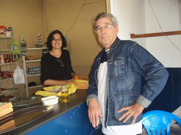 Desde que chegou em Saquarema (abaixo) o casal Garcia atua em prol da comunidade. (Fotos: arquivo pessoal)