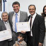 O vereador Rodrigo, sobrinho do ex-prefeito Dalton Borges, com os pais, a esposa e Zequinha