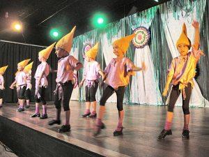 As coreografias, os figurinos e a iluminação encantaram o público saquaremense já acostumado ao alto nível da Daumas Academia