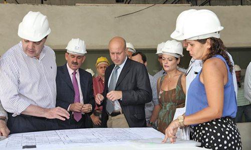Secretário Estadual de Saúde visita mais uma vez a obra do novo hospital de Saquarema
