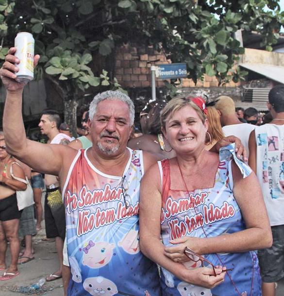 Dr. Cícero e a esposa Lucy do Bloco Que Merda é Essa (foto: Edimilson Soares)