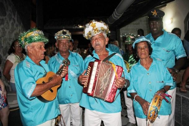 Foliões de Sampaio Corrêa não deixam a tradição morrer no bairro e no município (Foto: Edmilson Soares)