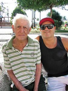 Ozo e Juarez, pai e filho. (Foto: Paulo Lulo)