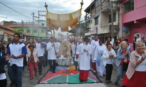 Festas religiosas mantêm a tradição cultural popular em Saquarema