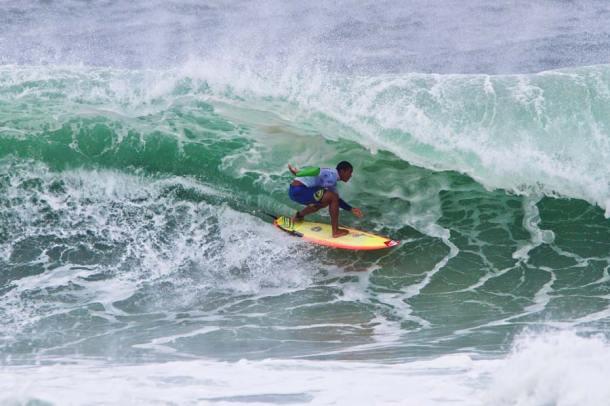 O paulista Wiggolly Dantas foi o primeiro colocado e garantiu a boa performance dos surfistas brasileiros. (Foto: Daniel Smorigo - ASP)