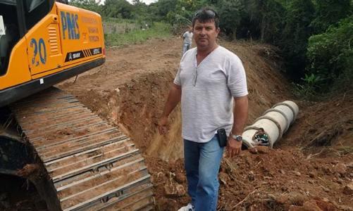 Finalmente reaberta a estrada no bairro Morro dos Pregos