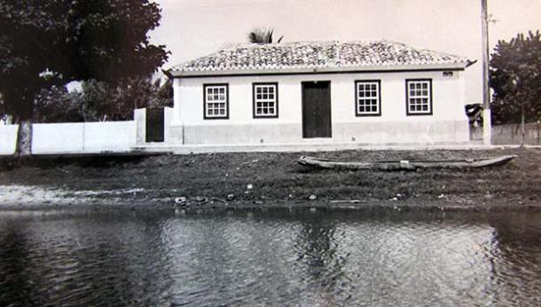 A casa de Francisco Vignoli, na rua Barão de Saquarema, onde também funcionou as Coletorias Estadual e Federal no município