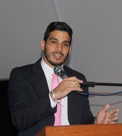 O vereador Pitiquinho foi o escolhido para orador da noite, em nome de todos os vereadores (Foto: Edimilson Soares)