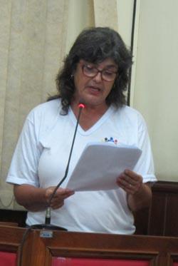 Na Câmara, o desabafo da presidente do Conselho Municipal de Educação, professora Myriam Bruinsma (Foto: Dulce Tupy)