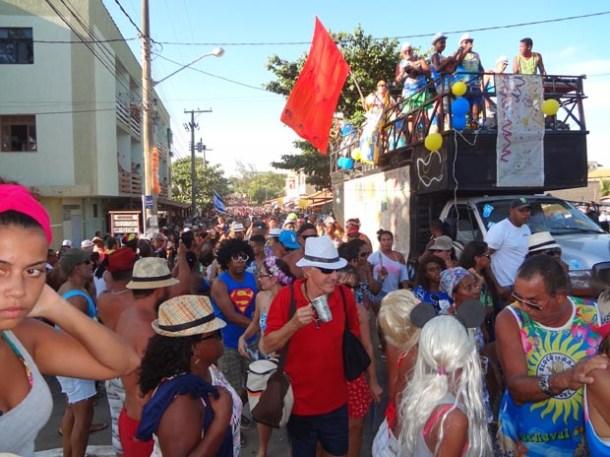 O grande desfile do Bloco do Rama na Rua 96 (Edimilson Soares)