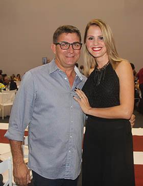 O ex-vereador Pitico e a esposa Daiane