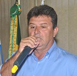 O secretário de Segurança e Ordem Pública, João Carlos Araújo, que participou da solenidade de encerramento do curso realizada na Câmara Municipal