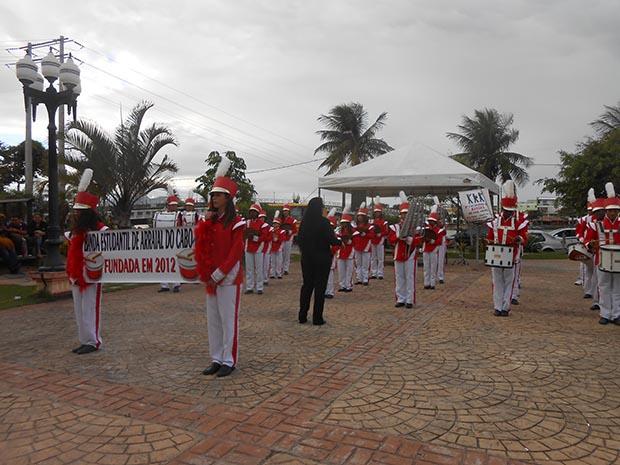 Outros municípios prestigiaram o evento, como Arraial do Cabo que trouxe a sua banda escolar (Fotos: Edimilson Soares)