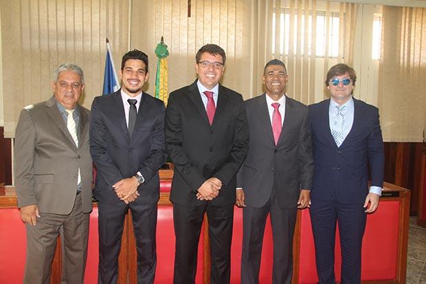 Os cinco vereadores que formaram a chapa Lealdade, Romacart, Pitiquinho, Rodrigo Borges, Kilinho e Bruno Pinheiro (Fotos: Edimilson Soares)
