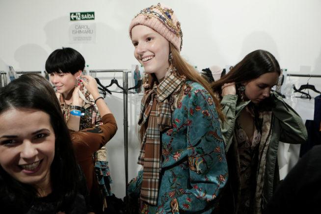 Pat Bo - backstage - spfw n45 - osasco fashion (59)