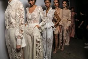 almerinda maria - backstage - dfb 2018 - osasco fashion (1)