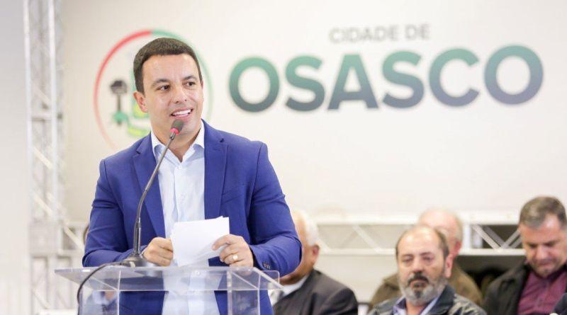 Prefeito Rogério Lins anuncia mudanças em nove secretarias