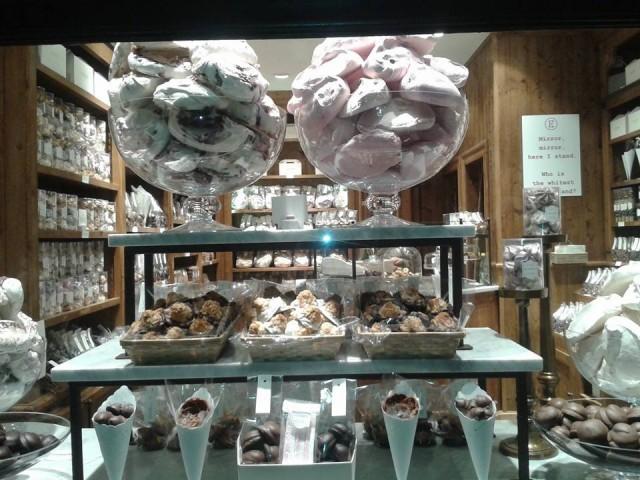 На почивка в Белгия - магазин за шоколад