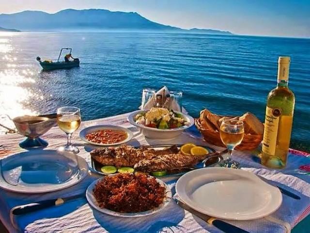 Гръцка кухня - салати и морски дарове