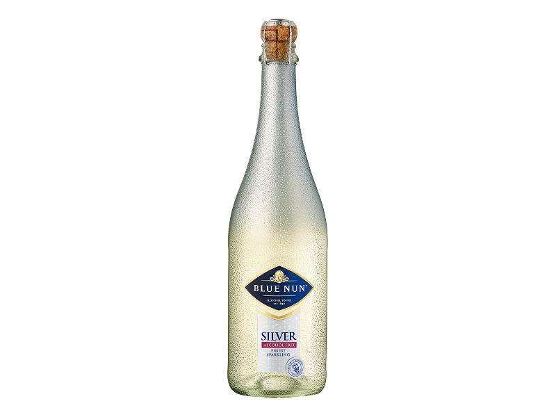Безалкохолно шампанско Blue Nun Silver Edition