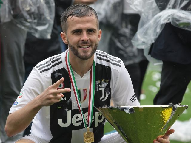 Chelsea Is Ready To Sign Juventus' Star Midfielder For £55Million