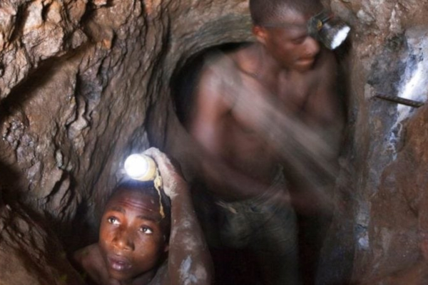 Regularising informal artisanal mining in South Africa OSF-SA Open Society Foundation for South Africa