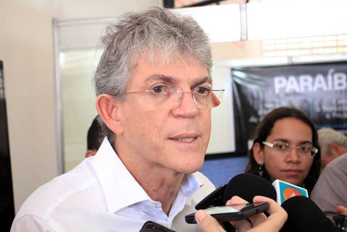 Ricardo Coutinho 2 - Ricardo já é tido como o 'grande vilão' entre políticos e eleitores - Por Nonato Guedes