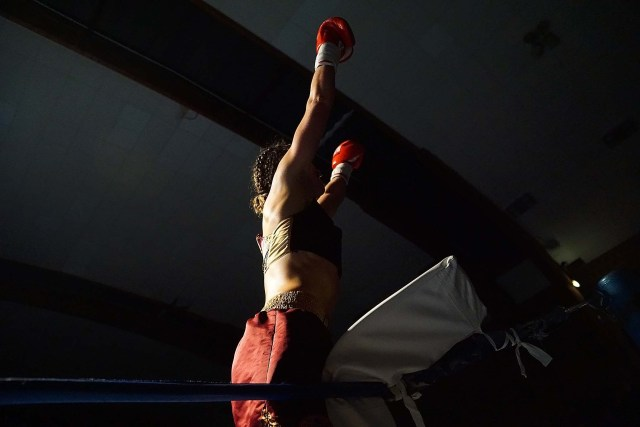 Oshin Derieuw is WBF Intercontinental Champion boksen