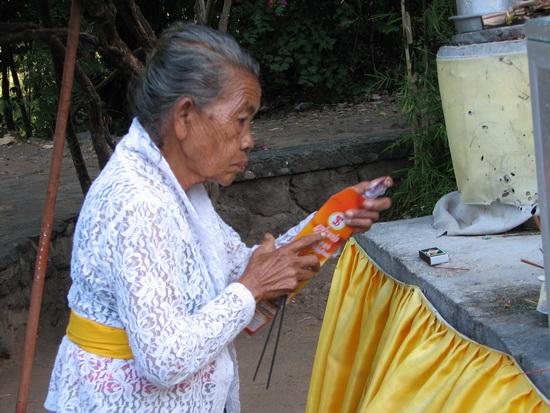 Preparing Offerings, Bali