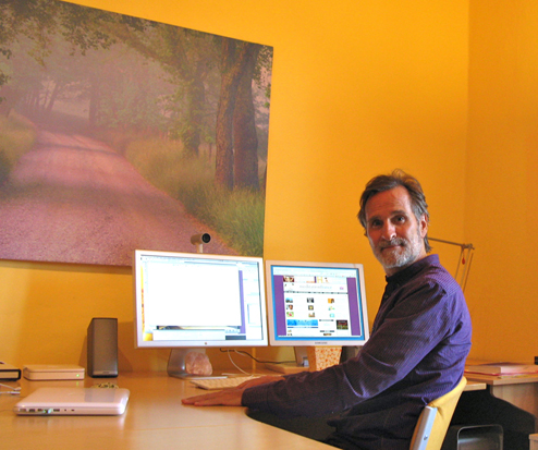 Shantidharm working at home in Tuscany, April 2011