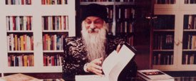 How Osho Started to Sign His Books
