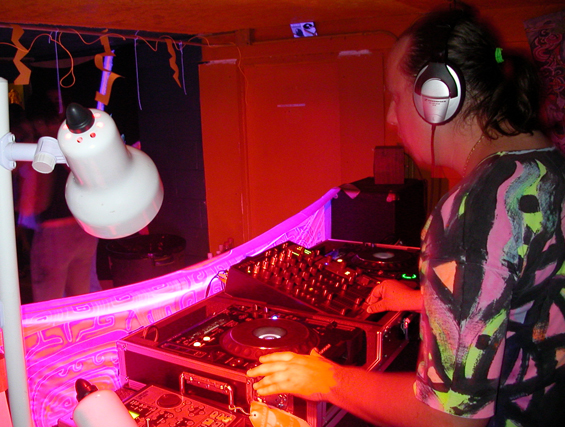 My first Dj set in Hawaii, 2002