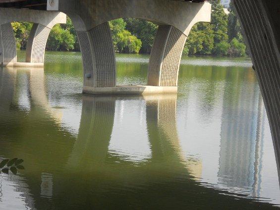 030 bridge pillar shapes and reflections