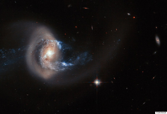 Hubble image of NGC 7714