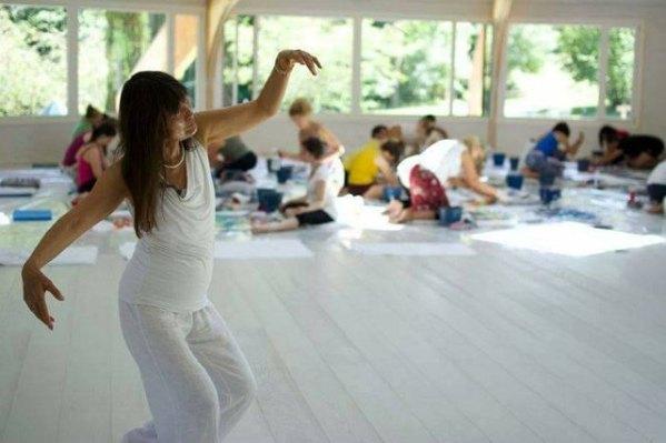 040 Meera dancing cr Ananda Heech