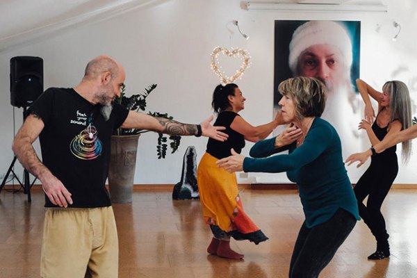 270 Osho-Institute-of-Dancing