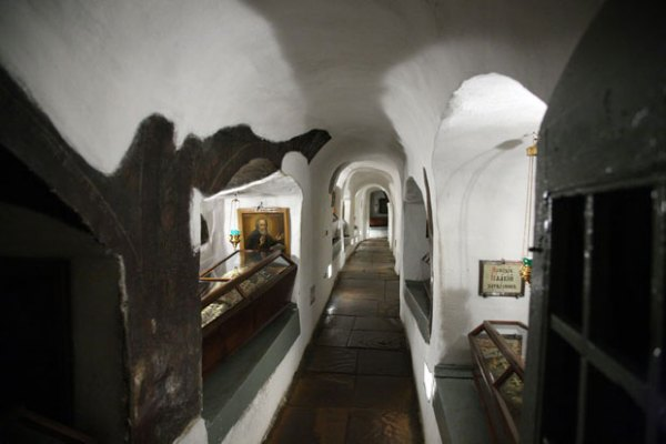 090 kiev monastery ukraine